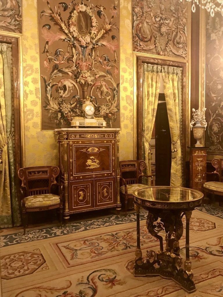 Гид в Королевском дворце