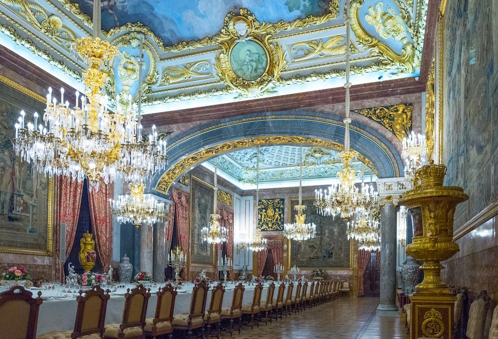 Столовая Королевский дворец в Мадриде