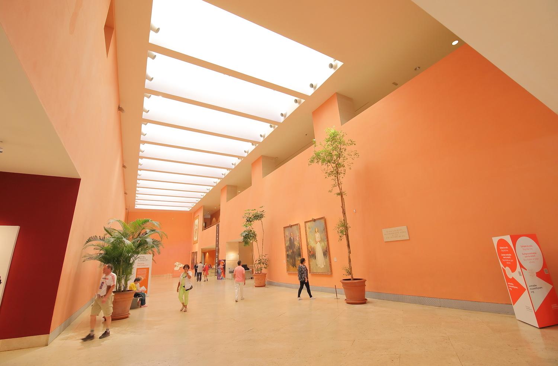 Гид в Музее Тиссена Борнемисы