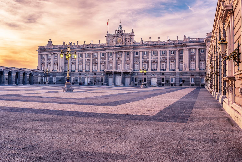 Групповая экскурсия по Королевскому дворцу в Мадриде