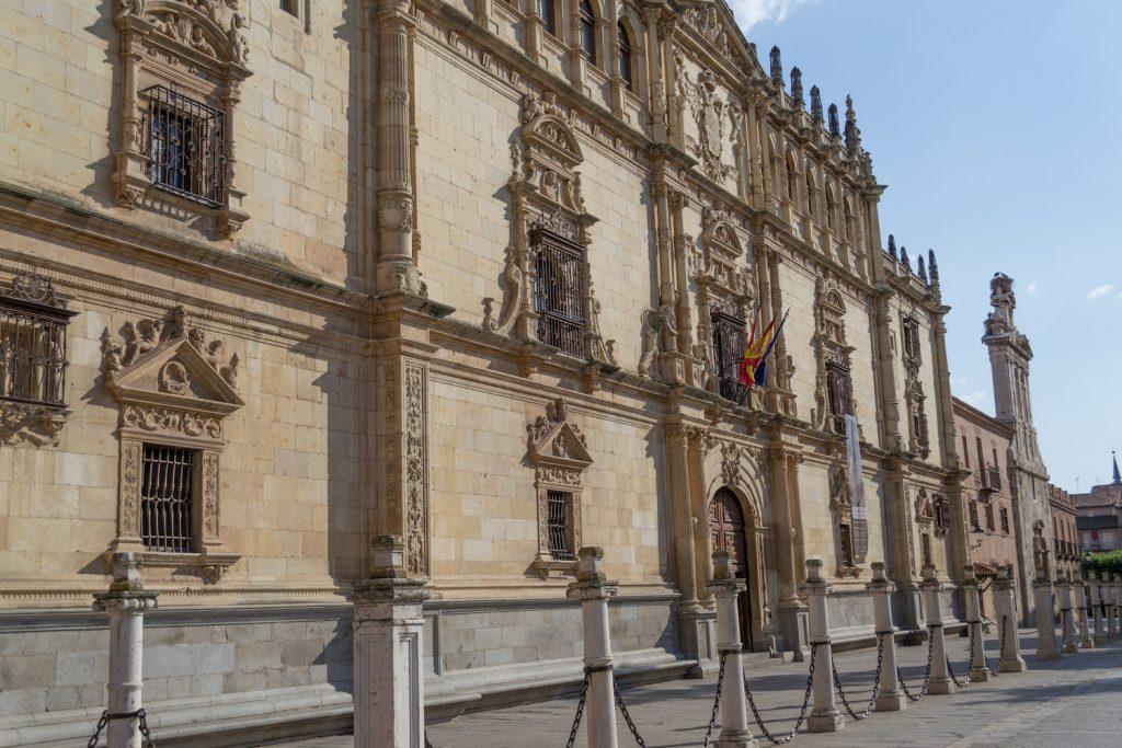 Университет в Алькала Де Энарес